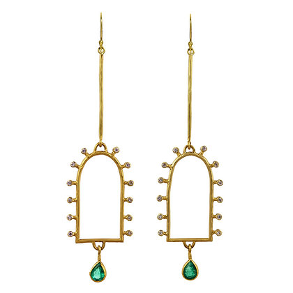 DIAMOND AND EMERALD CLOSED ARCH EARRINGS