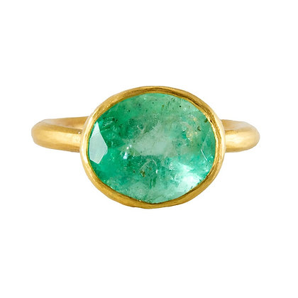 LARGE COLOMBIAN EMERALD OVALRING