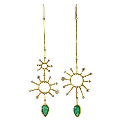 EMERALD AND DIAMOND STAR EARRINGS