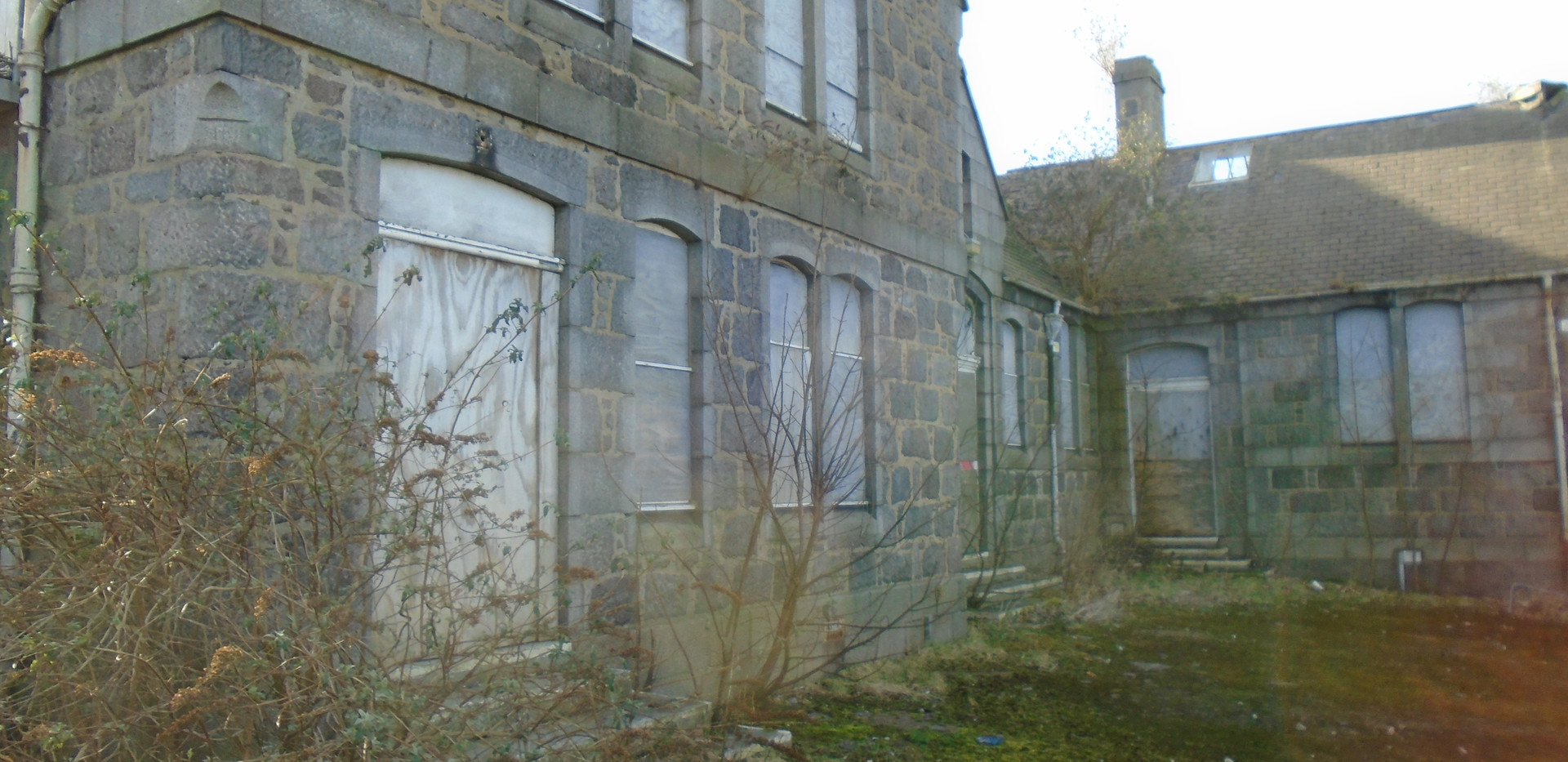 Outside view of the buildings Victoria Road School, Torry