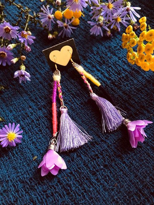 Mini flower tassel earring