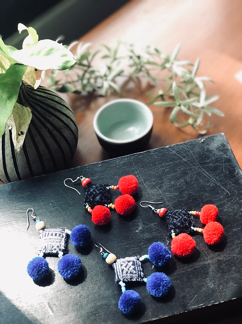 Pom Pom earring - upcycle fabrics