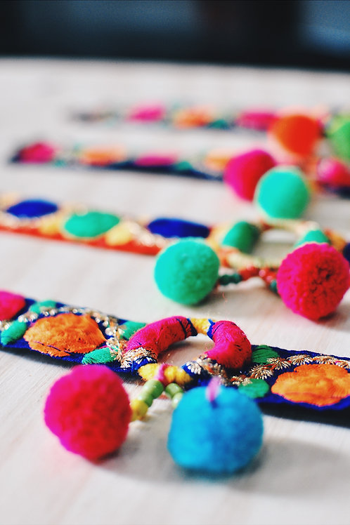 Handmade colorful choker