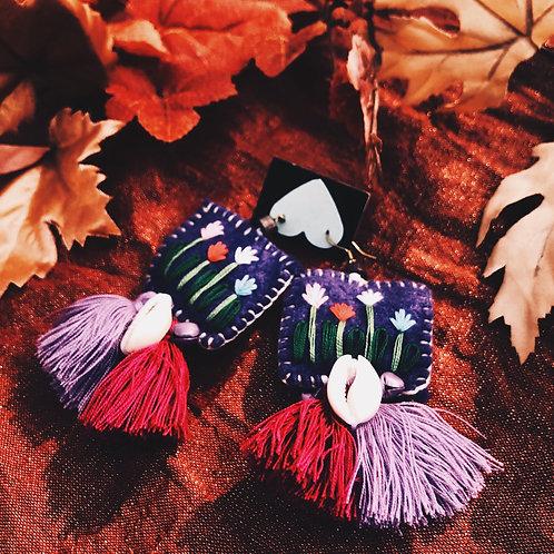 Hand stitch seashells Tassel
