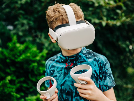 Joacă în realitatea virtuală, plăcerea copiilor