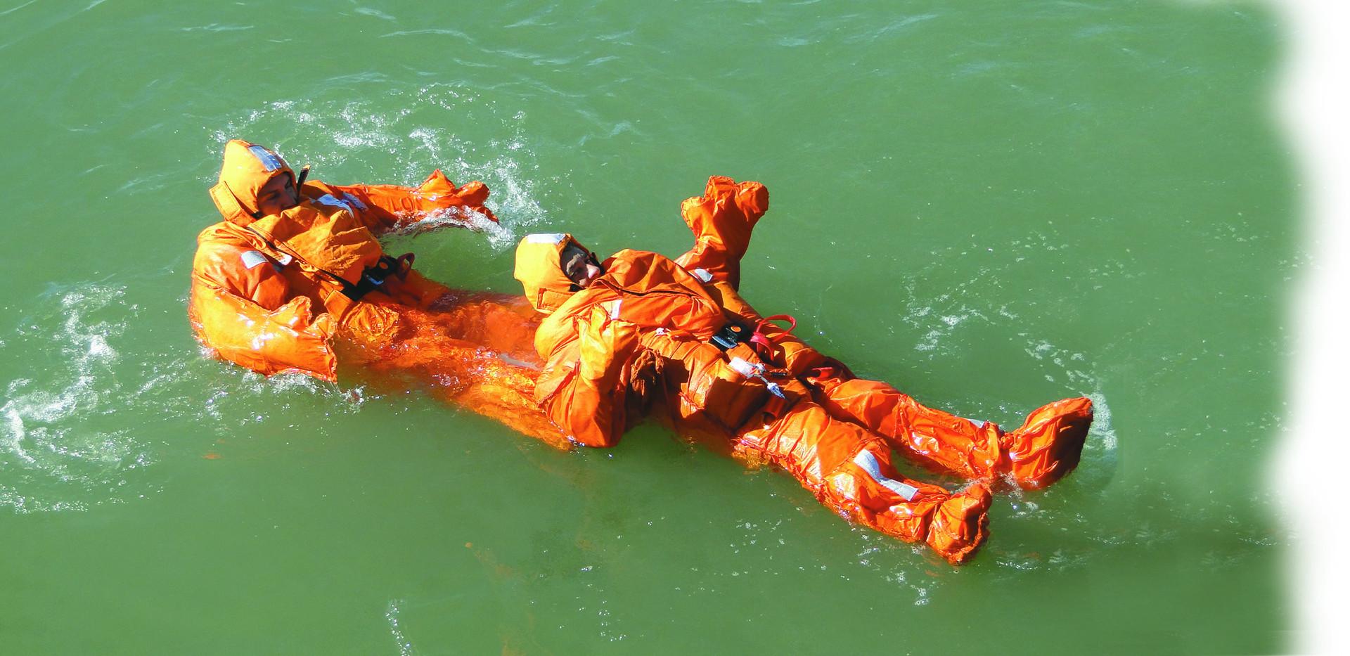 traje de salvamento 078.jpg