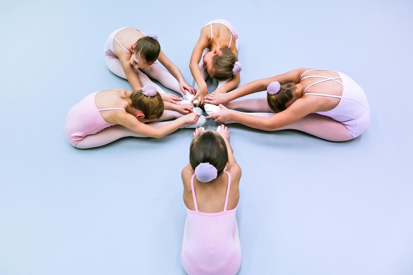 Le Premier Pas Юные балерины