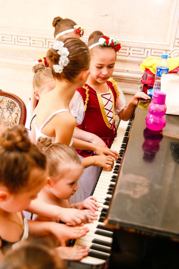 Многие наши воспитанницы знают о классической музыке не по наслышке