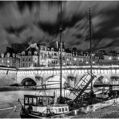 Pont Neuf  - Windy Night