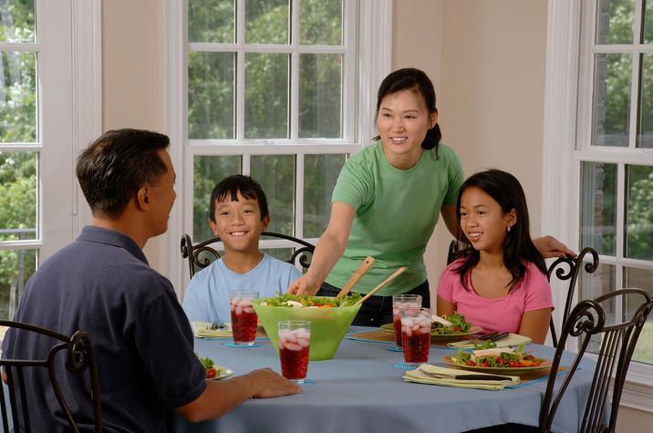 A mesa, o centro das emoções da família!