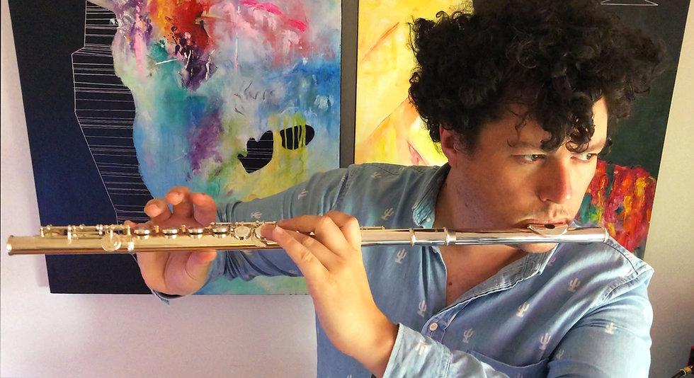 Leigh - Flute 01.jpg