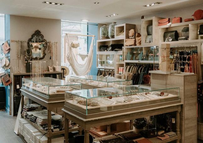 Blush Intimate I La Boutique I Lyon