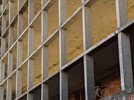 Pandemia inflaciona custo da construção civil em Minas