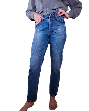 the%20boyfriend%20jeans%20available%20at