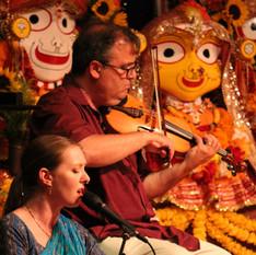Prajna Vieira & David Balakrishnan of the Mukti Ensemble