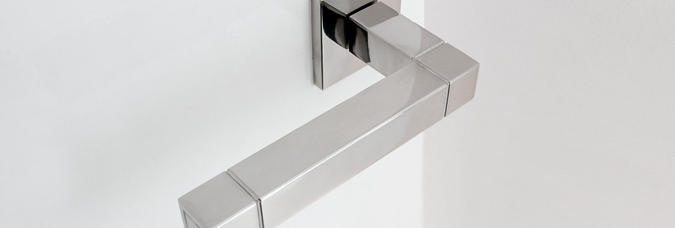 SQUARE - DOOR LEVER HANDLE