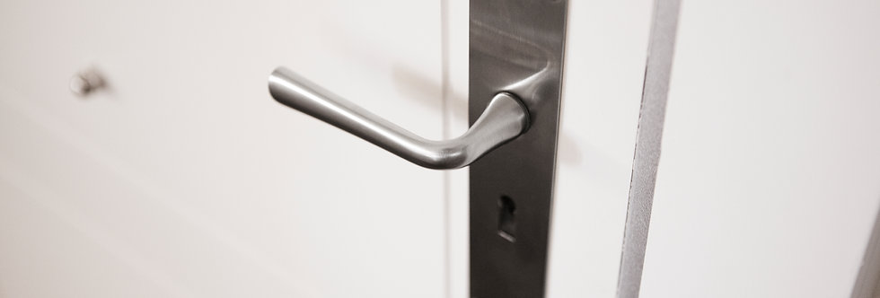 TIMELESS  - Solid Unsprung Lever Handle