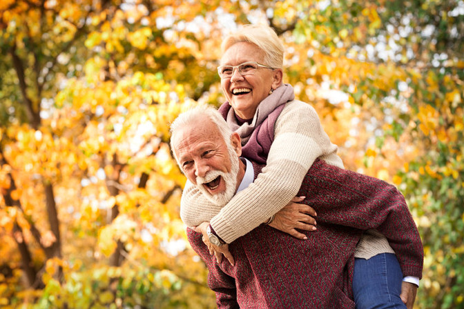"""Zdravie, optimizmus a radosť zo života """"seniorov"""" podľa ajurvédy"""