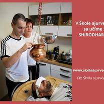 Shirodhara - olejový masáž hlavy