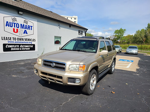 2002 Nissan Pathfinder 4X4 (Fully Loaded)