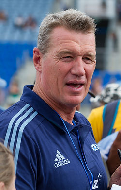 Sir_John_Kirwan_2013_edited.jpg
