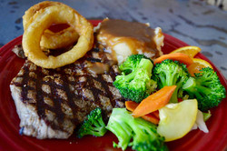Mollies Kountry Kitchen Steak Dinner