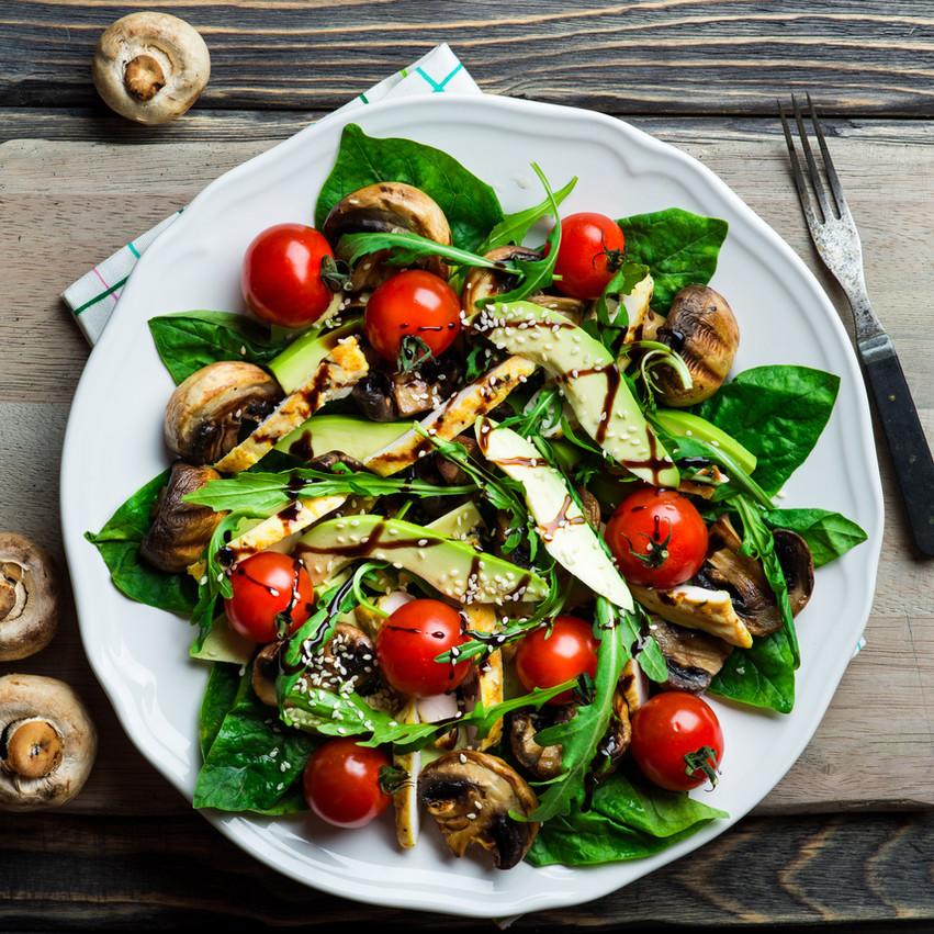 Garlic Roasted Mushroom and Spinach Salad