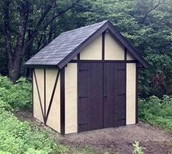 物置小屋はスタッコです。
