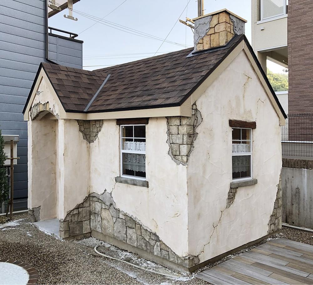 イロドリプロジェクトモルタル造形小屋施工完成1