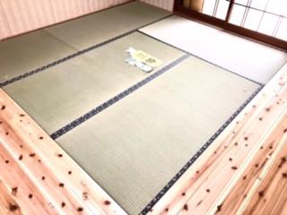 シロアリ被害で畳の入替え