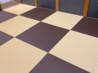 味のある2色の組み合わせが、個性を引き立てる部屋の主役になりました