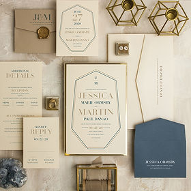 Crystal_Luxe_wedding_invitation