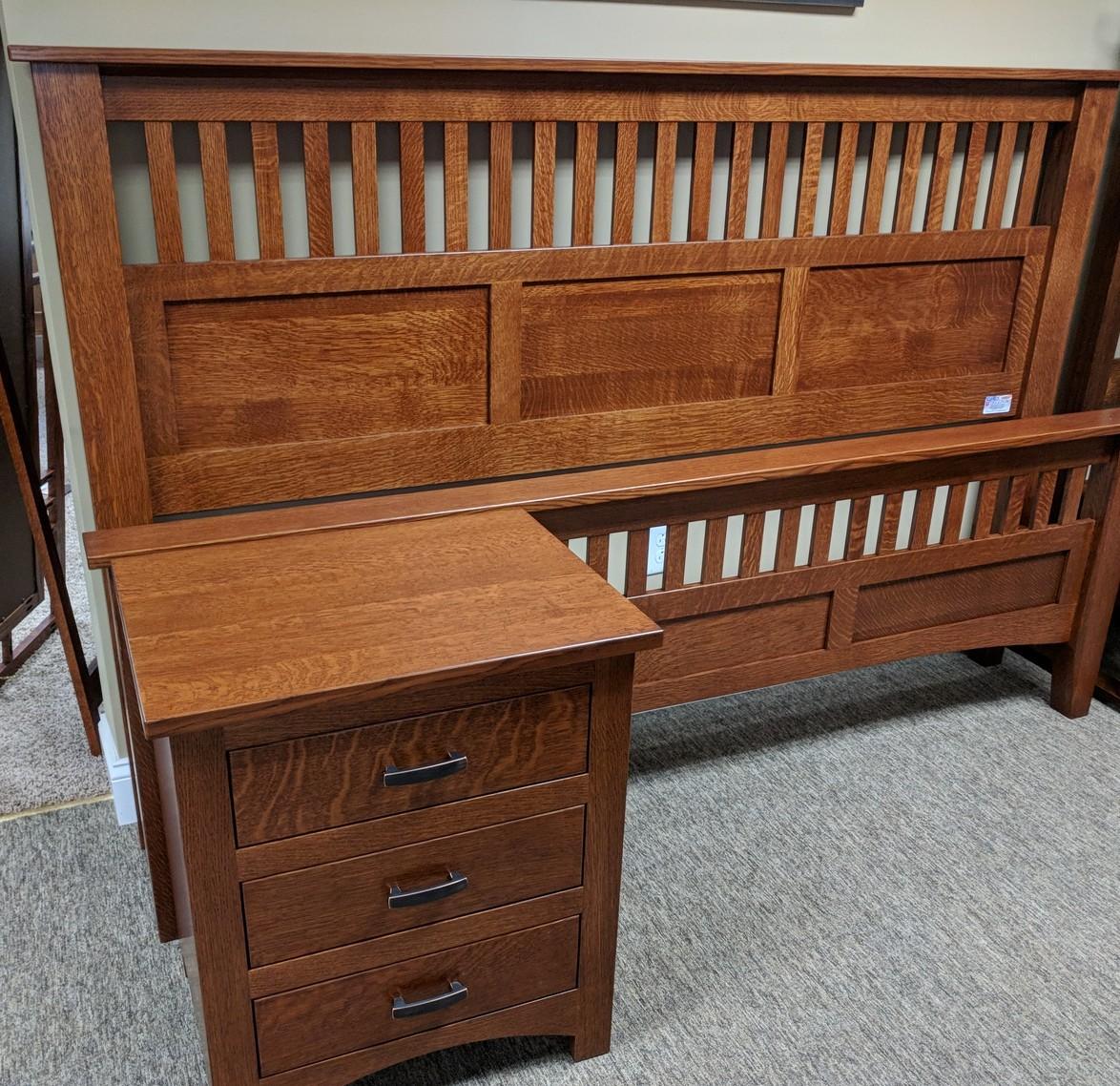 Amish Furniture Caledonia New York Gigglin Pig