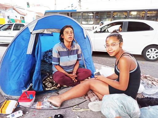Pandemia leva famílias para as ruas de São Paulo e acelera mudança de perfil da população sem-teto