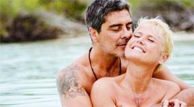 'Tomo de três a quatro banhos por dia, antes e depois de transar sempre', revela Xuxa