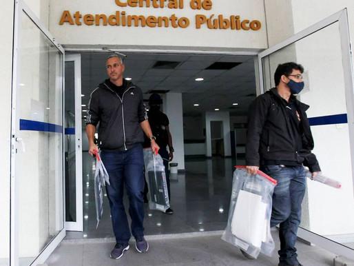 Delegado que combatia a pirataria é preso por cobrar propina a comerciantes em Petrópolis