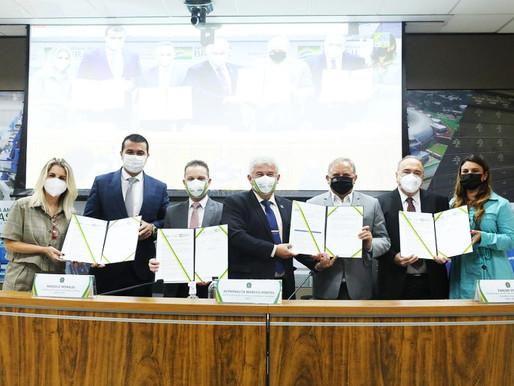 MCTI e CNPq lançam chamadas de bolsas em Pesquisa com valor superior a R$ 407 milhões