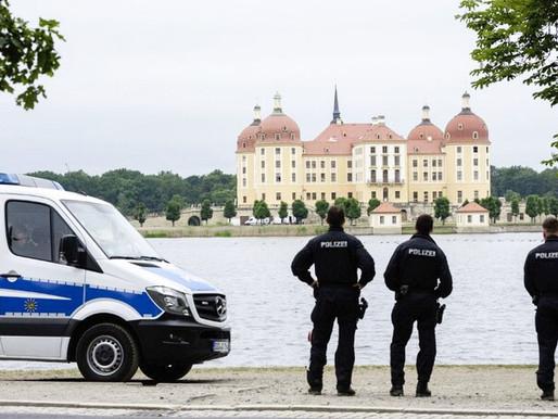 """Polícia alemã desmantela rede de pornografia infantil com """"400 mil membros"""""""
