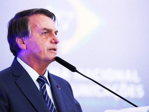 Bolsonaro sanciona lei que previne superendividamento, mas veta trecho sobre empréstimo consignado