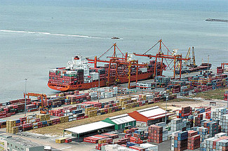 Brasil tem superavit de US$ 3,7 bilhões no mês de novembro