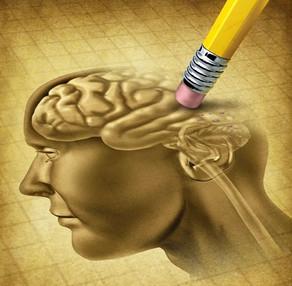 O enigma do Alzheimer: sem tratamento, incidência cai 16% a cada década