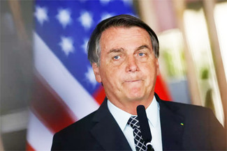 Bolsonaro quer Exército 'preparado' para proteger Amazônia