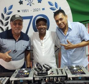 Baile Charme 0800 no Renascença Clube!