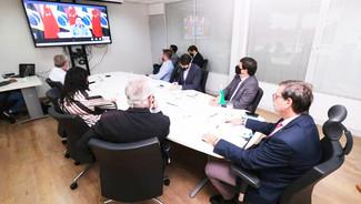 Reunião discute parceria no Turismo entre Brasil e China