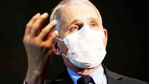Pandemia está descontrolada nos EUA, diz epidemiologista da Casa Branca