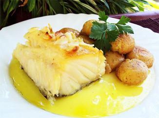 Receita direto de Portugal: Bacalhau cozido com todos.  Para fazer em casa