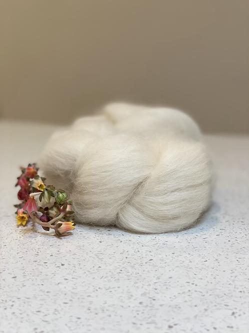 Baby Alpaca White    Wool Tops