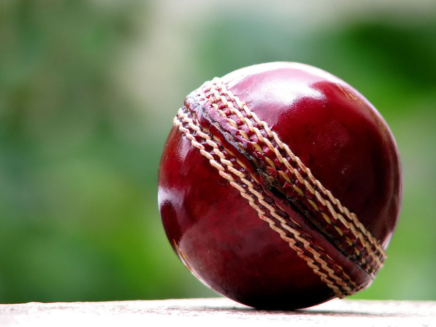 cricket-ball.jpg