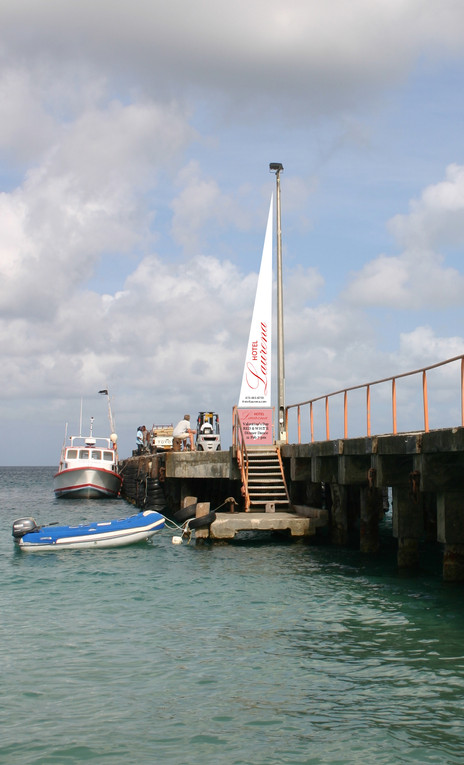 jetty sail with sign.jpg