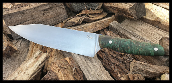 Kitchen knife with a stabilised and dyed maple handle